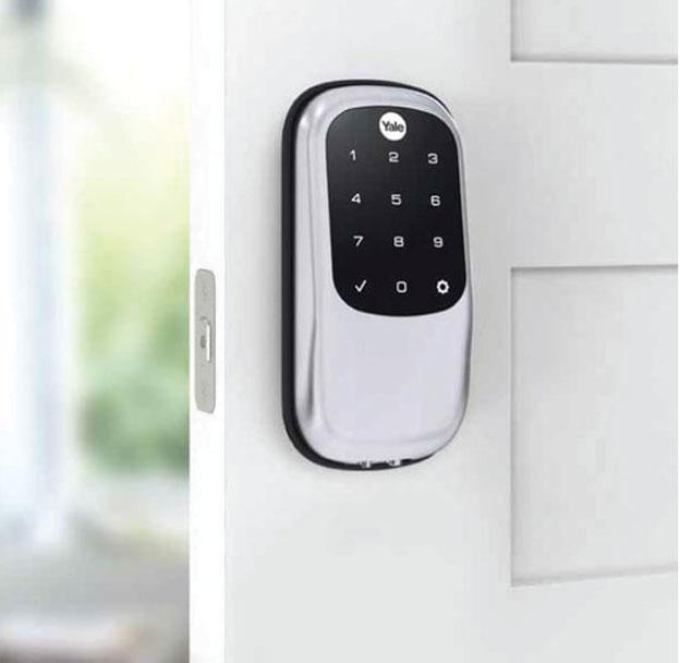 automatic door lock on home front door
